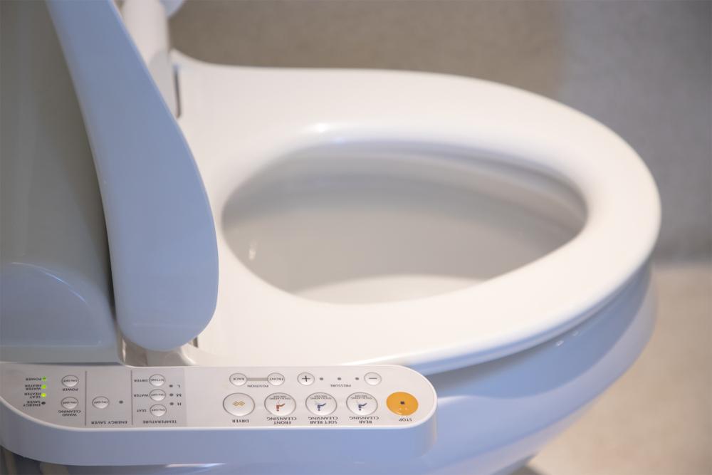 """<span class=""""title"""">まずは自分で見極めよう!トイレつまりを放置してよい場面とダメな場面</span>"""